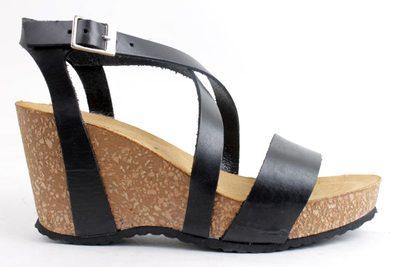 brune sandaler med kilehæl