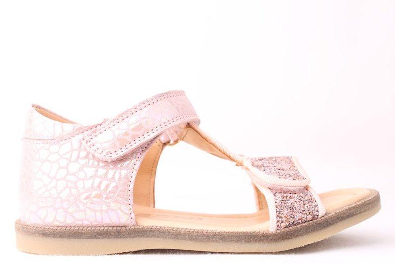 5560a2b3bbcc Køb BISGAARD SANDAL MED GLIMMER Her - Salg af Pige sandaler
