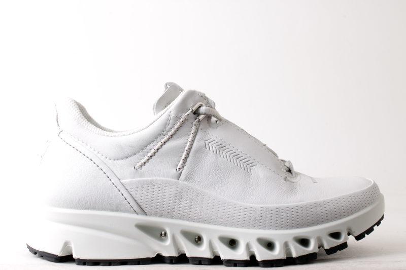 1f98dfaa3d6a Køb ECCO OMNI-VENT HVID Her - Salg af Sneakers til kvinder