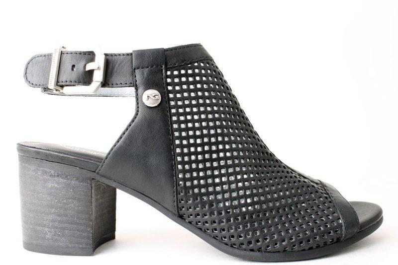 5b649c650dfe Køb NEROGIARDINI Her - Salg af Lette sandaler