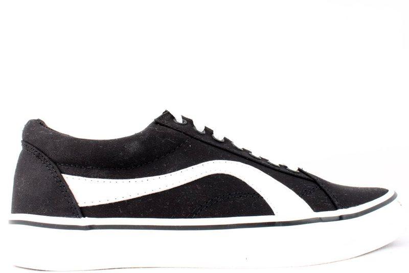 de57d031 Køb ROOTS SNEAKERS I SORT Her - Salg af Sneakers til kvinder